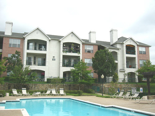 Bedford Shoal apartments