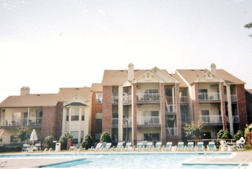 Cary Deerwood apartments