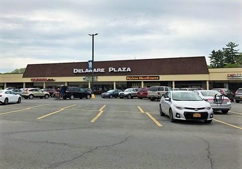 Delmar Delaware plaza