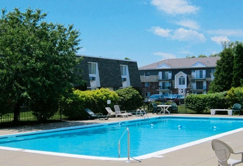 Grand Island Regency apartments