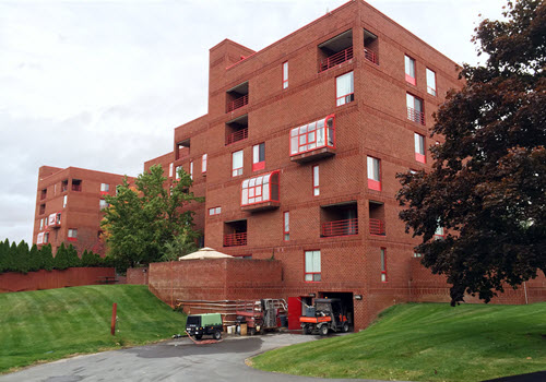Guilderland 1700 apartment complex