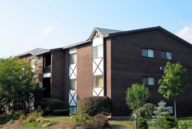 Guilderland Oxford apartment complex