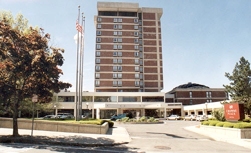 Pittsfield Crowne hotel