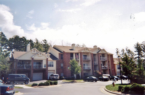 Raleigh Commons apartments