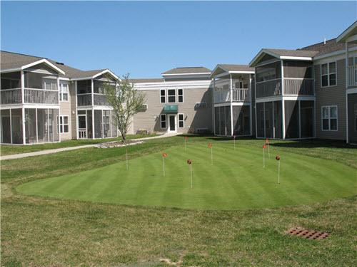 Saratoga Presetwick apartments