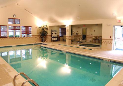 Saratoga Springs Residence hotel pool