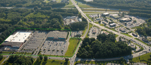 Saratoga Springs shopping center aerial