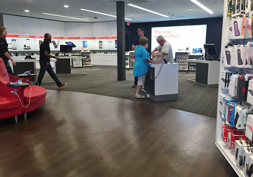 Totowa Verizon Wireless interior