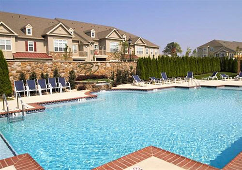 Upper Macungie Parkland apartments pool